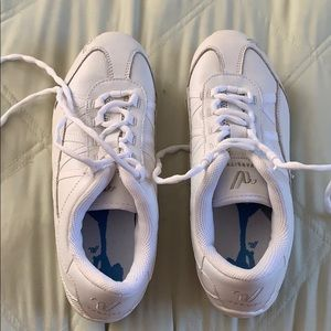 VARSITY CHEER DANCE SHOES